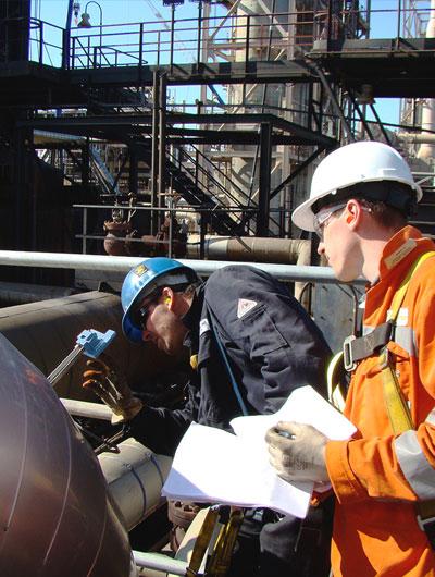 Soluciones para monitoreo de la corrosión y la erosión en refinerías