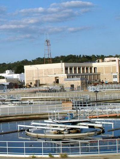 Retos de válvulas de control de servicio severo para desgasificación en plantas de hidrotratamiento