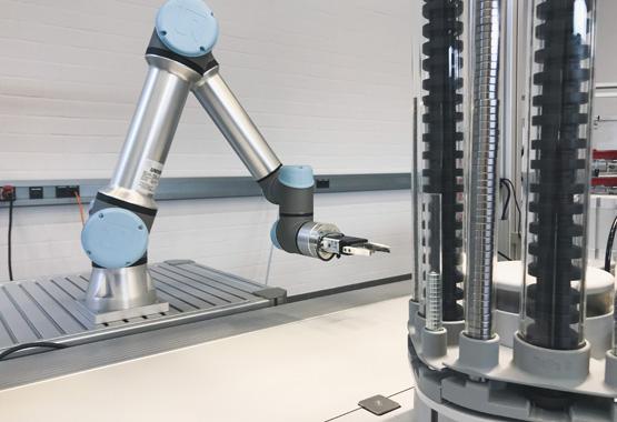 Kleinroboter zur Automatisierung von manuellen Arbeitsschritten